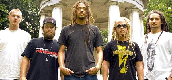 A atração internacional de 2013 é a banda de reggae SOJA