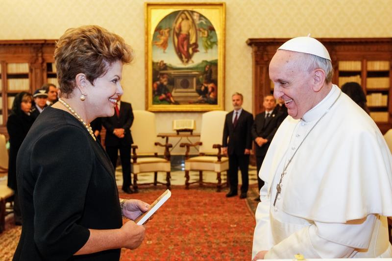Dilma-e-o-Papa-Francisco