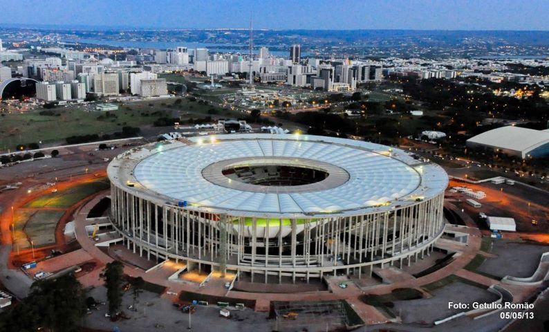 Abertura acontece no estádio Mané Garricha