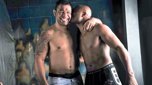 Os-lutadores-Rodrigo-Minotauro-e-Anderson-Silva-size-620