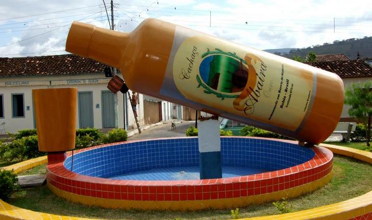 Abaíra é conhecida em todo o estado por conta da cachaça, que leva o nome da cidade