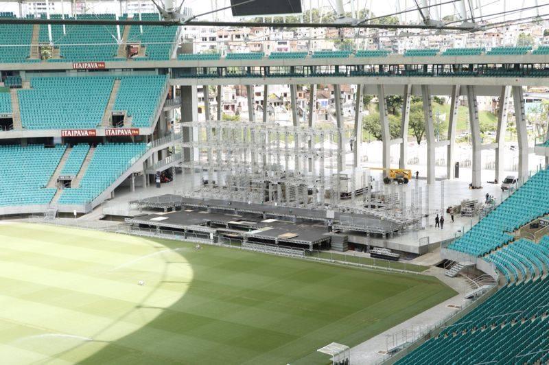 O palco já está 80% montado (Fotos: Divulgação)