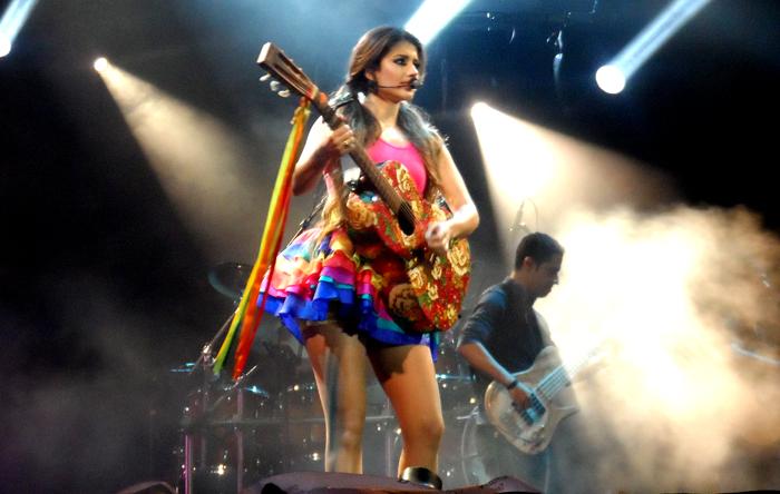 Em 2013, a grade de atrações teve mistura de ritmos, de Paula Fernandes (foto) a Saulo, Jota Quest, Lulu Santos O Rappa e Munhoz e Mariano.